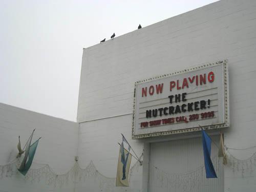 Bob baker marionette theater02